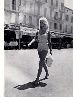 """""""Brigitte Bardot walks barefoot in St Tropez, 1958"""""""