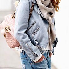 Zara suede jacket, Gucci bag and denim jeans for spring style. #spring #springstyle #suedejacket #motojacket #zara #zarajacket #zaraoutfit #gucci #guccibag #fabfashionfix