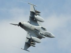 Saab eyeing three competitions in Botswana, Bulgaria and Slovakia as key near-term opportunities Fighter Aircraft, Fighter Jets, Saab Jas 39 Gripen, South African Air Force, F14 Tomcat, Military News, Red Arrow, War Machine, North Africa