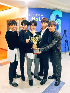 """Infinite Show Champion 1st Place Win - """"Tell Me"""" 1/17/18"""