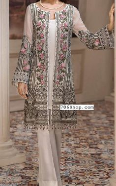 Off-white Chiffon Suit. Online Indian and Pakistani dresses, Buy Pakistani shalwar kameez dresses and indian clothing. Pakistani Fashion Party Wear, Pakistani Dresses Casual, Pakistani Bridal Dresses, Pakistani Dress Design, Indian Dresses, Indian Outfits, Indian Fashion, Casual Dresses, Fashion Dresses