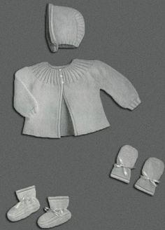 Baby Set in Quaker Stitch Pattern