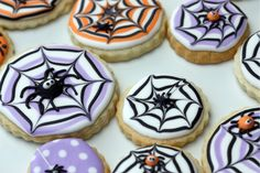 How to Make A Spider Web Decorated Cookie | Sweetopia