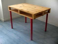 Materials: 4 Vika Curry legs + 1 pallet + 5mm thick ply wood + floor boards  Description: Plan was to create the cheapest and the most functional desk I can. (finally I have spent about 30 euros)