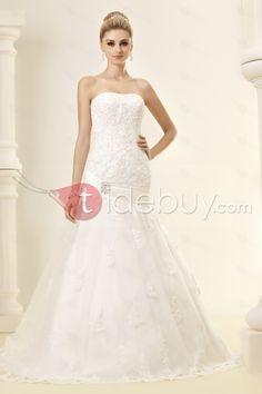 トランペット/マーメイドストラップレス刺繍チャペルトレインレースウェディングドレス