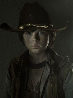 Horror Society: Walking Dead Portraits (17 pics)   www.horrorsociety.com