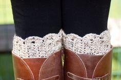 Boot Cuffs- Oatmeal Fleck Scallop Crochet Boot Topper. $32.00, via Etsy.