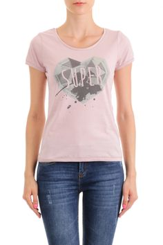 Tricou Basic - SuperJeans of Sweden - Pale pink 110 lei disponibil aici http://superjeans.ro/branduri/superjeans-of-sweden/tricou-basic-superjeans-of-sweden-pale-pink.html