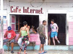 En 2015, Cuba habilitó la conexión en sitios públicos, lo que aumentó sensiblemente la cifra