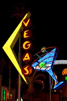 nice photo of Fremont Street's vintage neon signage in Las Vegas, Nevada
