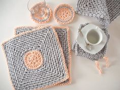Gray/ Peach Crochet Placemats Set of 2  Modern by LoopingHome, €24.00