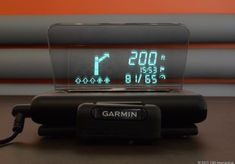 Garmin Head-Up Display review: Modern HUD guides the way with retro flair Projects route on windshield