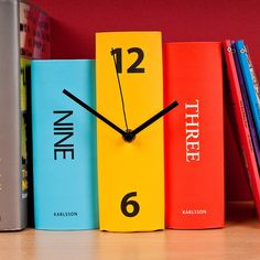 Book Clock  -  GettingPersonal.co.uk