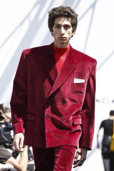 Paris Fashion Week: Balenciaga Men's Spring 2017