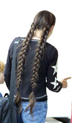 Thick twin braids | Chotlo | Flickr