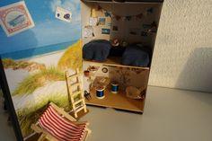 I built a #shoebox #dollhouse for my #PoseSkeleton dolls over on smallskeletonshenanigans.tumblr.com