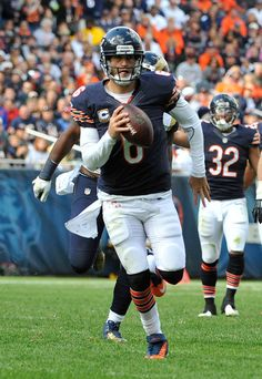 Jay Cutler has type 1 diabetes and wears an insulin pump to monitor his blood sugar