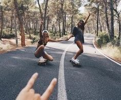 girl, friends, and bff imageの画像