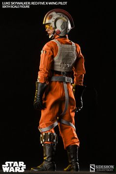 The Luke Skywalker: Red Five X-wing Pilot Sixth Scale Figure now available at Sideshow.com for fans of Star Wars Episode V The Empire Strikes Back.