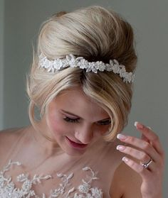 Wedding headband - normally I'm not a fan of headbands but I over this one. It's delicate and light, I think could be a perfect addition to a wedding dress.