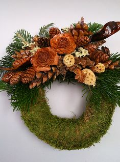 A VIRÁGKÖTÉSZET: Mindenszentek 2013 - Virágszínpad, Sárisáp - Tóth György Grave Flowers, Funeral Flowers, Fall Decor, Holiday Decor, Pine Cones, Door Wreaths, Christmas Wreaths, Gifts, Diy
