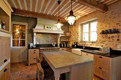 Haven in Paris : Provence Luxury Vacation Villa & Holiday Rental: Bonnieux Countryside Villa, Bonnieux Apartment Rental