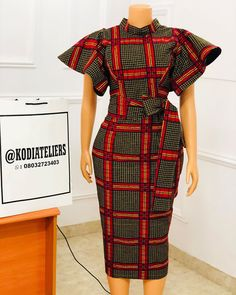 """Lovely Ankara styles """"BROWN CHOCOLATE beautifully made for a client 🧡🧡🧡 Detachable belt Zip fastening at the back Beauty back and front😍 Short African Dresses, Latest African Fashion Dresses, African Print Dresses, African Print Fashion, Ankara Fashion, Africa Fashion, African Prints, African Fabric, Short Dresses"""