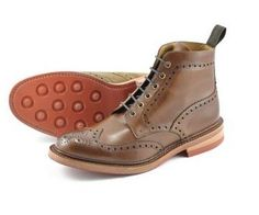 Loake classic English shoemakers since Popular styles include brogues, oxfords, mocasins, boots for sale online. Brown Brogues, Brown Boots, Men's Shoes, Shoe Boots, Dress Shoes, Tweed Outfit, Country Outfits, Boots For Sale, Stylish Men