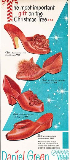 Daniel Green Red Slipper Glamour -- The most important gift on the tree? Does anyone other than the company stockholders agree with that? Vintage Fur, Vintage Party, Vintage Shoes, Vintage Outfits, Wedding Vintage, 1940s Fashion, Vintage Fashion, High Fashion, Daniel Green Slippers