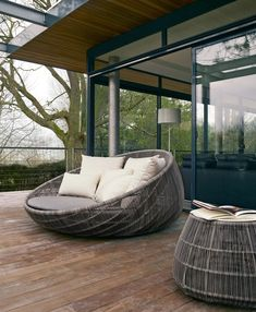 CANASTA '13 DAYBED | B&B ITALIA OUTDOOR | Walters Wicker | The Weber Team
