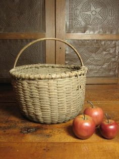 Primitive woven splint egg basket ~ really LOVE the star punched tin piece in the back!