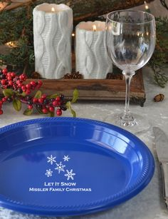 These plates are so perfect for holiday parties! Just think - the fewer dishes you have to wash at the end of the night, the more time you have to celebrate and relax with your friends and family!