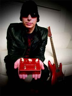 Joe Satriani and some magical red box