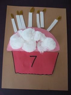 Cupcake Candle Counting - maybe next year I'll let my kids all make one on their birthdays...could be fun :)