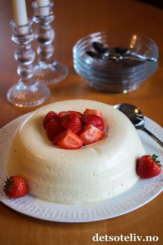 Pudding Desserts, Mousse, Panna Cotta, Oslo, Deserts, Food And Drink, Sweets, Cookies, Baking