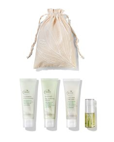 Tropic's Haircare Discovery Kit is perfect for the holidays, gym-bag or simply just to try all the fantastic products. These are all in handy travel sizes and come in their very own drawstring pouch. Link in Bio to shop now! Overnight Hair Mask, Maracuja Oil, Olive Oil Hair, Discovery Kit, Babassu Oil, Hair Cleanser, Hair Kit, Essential Oils For Hair, Macadamia Oil