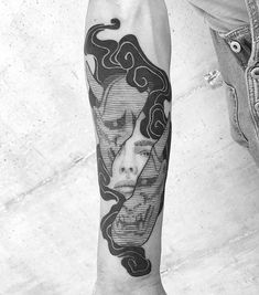 Search inspiration for a Blackwork tattoo. Japanese Tattoo Designs, Japanese Tattoo Art, Hannya Maske Tattoo, Mascara Oni, Tattoos For Guys, Cool Tattoos, Hanya Tattoo, Tatto Old, Fire Tattoo