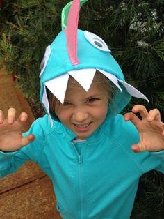 How to make a quick & easy, no sew Dinosaur costume