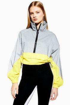 Topshop Reflective Windbreaker Jacket - Women Windbreakers - Ideas of Women Windbreakers Nike Windbreaker Womens, Windbreaker Outfit, Sport Style, Neon Outfits, Sport Outfits, Topshop Outfit, Coats For Women, Jackets For Women, Blue Mom Jeans