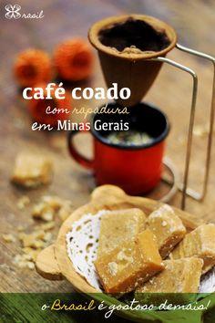 Café coado com rapadura em Minas Gerais - O Brasil é gostoso demais! (Brazilian coffee - brazilian food)