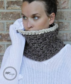 The Jamie Crochet Cowl FREE Pattern & Tutorial - Two Sizes. The perfect DIY scarf and would make great gifts for the women or men in your life! // by Rescued Paw Designs