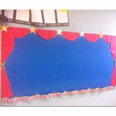 Bulletin board Hollywood theme- school is just out and here we are preparing for next year! Circus Classroom, Stars Classroom, Classroom Bulletin Boards, Classroom Displays, Music Classroom, School Classroom, Classroom Themes, Class Displays, School Displays