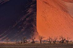 Great Wall of Namib by Paranyu Pithayarungsarit [4500x3000] : EarthPorn
