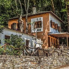 #Greece #Ελλάδα #Greekhouse #Pelion Greek House, Greece Islands, Cabin, House Styles, Home Decor, Decoration Home, Room Decor, Cabins, Cottage