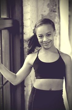 8/13 News for Holly/Nia.  Nia danced well in the group dance.  There was little drama with Holly and the Moms.  #NiaFrazier.  #HollyAndNia.