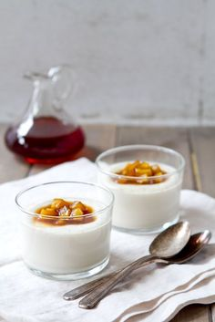 Cinnamon Panna Cotta with Spicy Autumn Fruit Compote | Gastromomia ...
