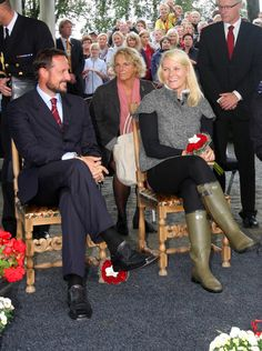 Princess Mette-Marit Photos - Prince Haakon and Princess Mette-Marit in Rogaland - Zimbio