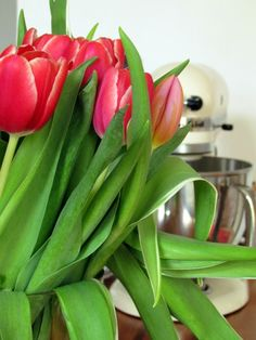 Casa Andersen: Spring is here  Kitchen Aid and tulips
