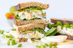 Need a quick & easy lunch recipe? Check out this Superfood Egg Sandwich! It's got great ingredients like chia seeds, avocado, Greek yogurt, spinach, & egg!