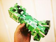 Large Minecraft Creeper free Papercraft printable template ~ FPSXGames